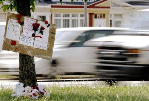Fatality_Flowers_SpeedingCars_Philadelphia_Pennsylvania_072513