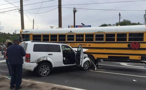 Crash_SchoolBus_Vehicles_Tallahassee_Florida_032916